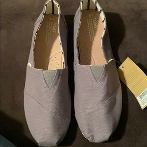Men's toms shoes